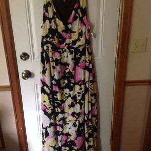 NWT Old Navy floral print dress